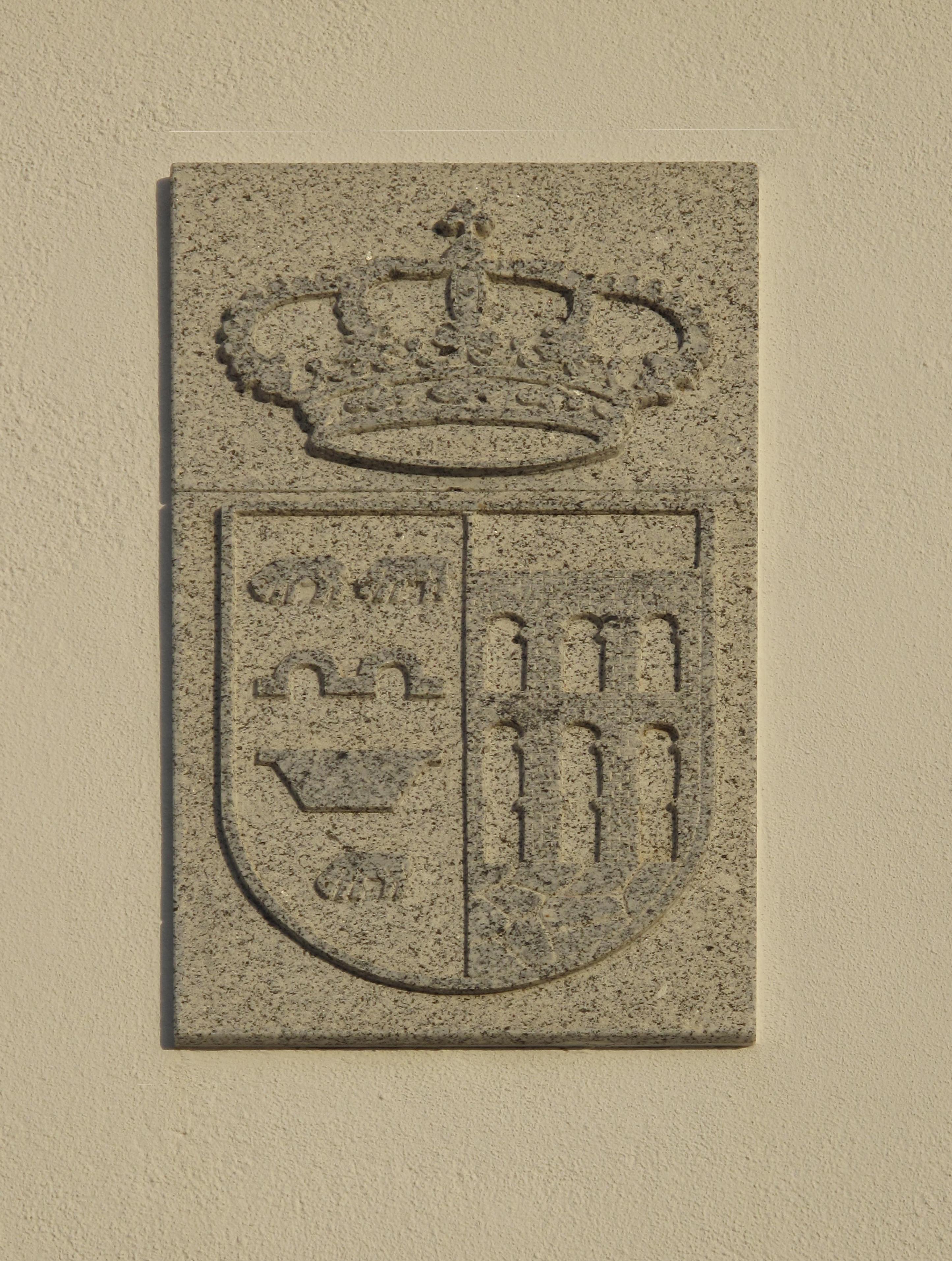 Escudo Granito Navalagamella